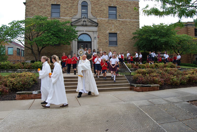 St. Isaac Jogues Catholic Grade School Hinsdale Faith Rally 2017